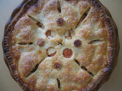 Apple persimmon pie