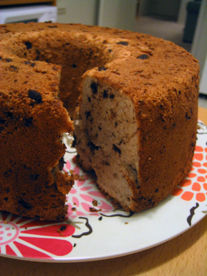 Espresso chocolate chip angel food cake